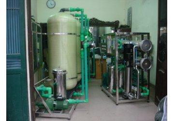 Điều gì tạo nên sự khác biệt giữa cột lọc nước composite và cột lọc nước thông thường