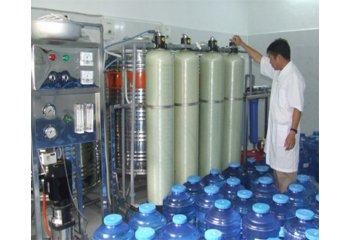 Vai trò của cột lọc composite trong dây chuyền lọc nước tinh khiết