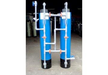 Có nên sử dụng cột lọc nước nhựa?